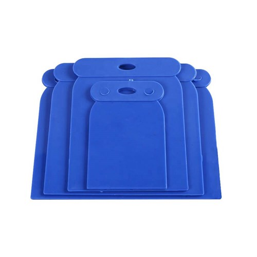 Plastic Scraper 4 Sizes